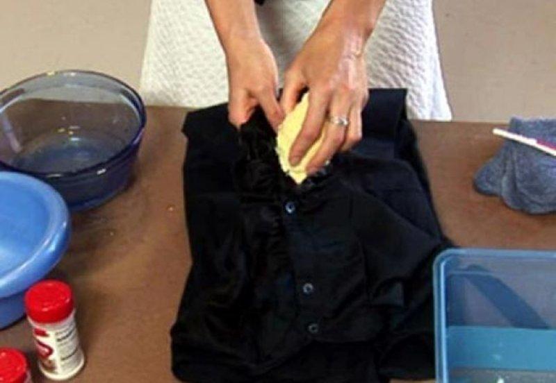 Cum poti scoate rapid petele de grasime de pe haine - Blog cora