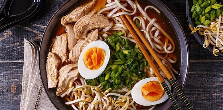 Fideii Udon beneficiază de niveluri de digestie, imunitate și stres