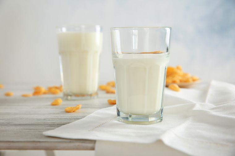 Câte shake-uri proteice e sănătos să consumi pe zi?