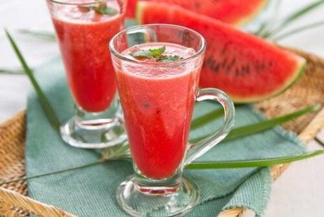 cum să faceți băuturi sănătoase pentru slăbit
