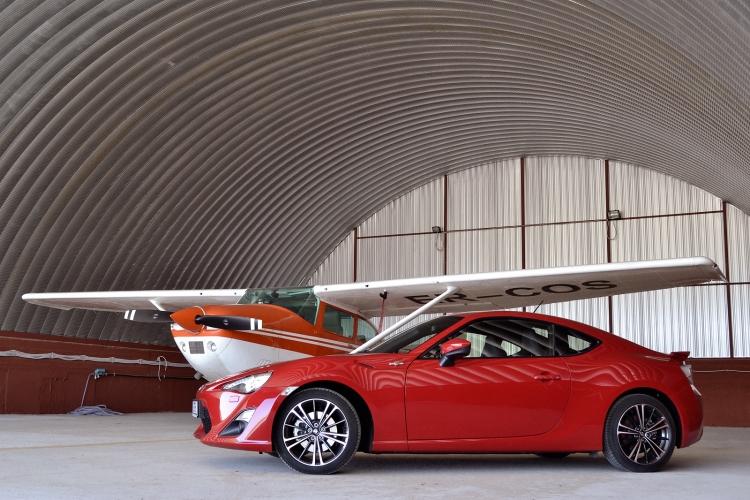 Test drive Toyota GT 86 | cocarde-nunta.ro - Site-ul lumii auto din Moldova