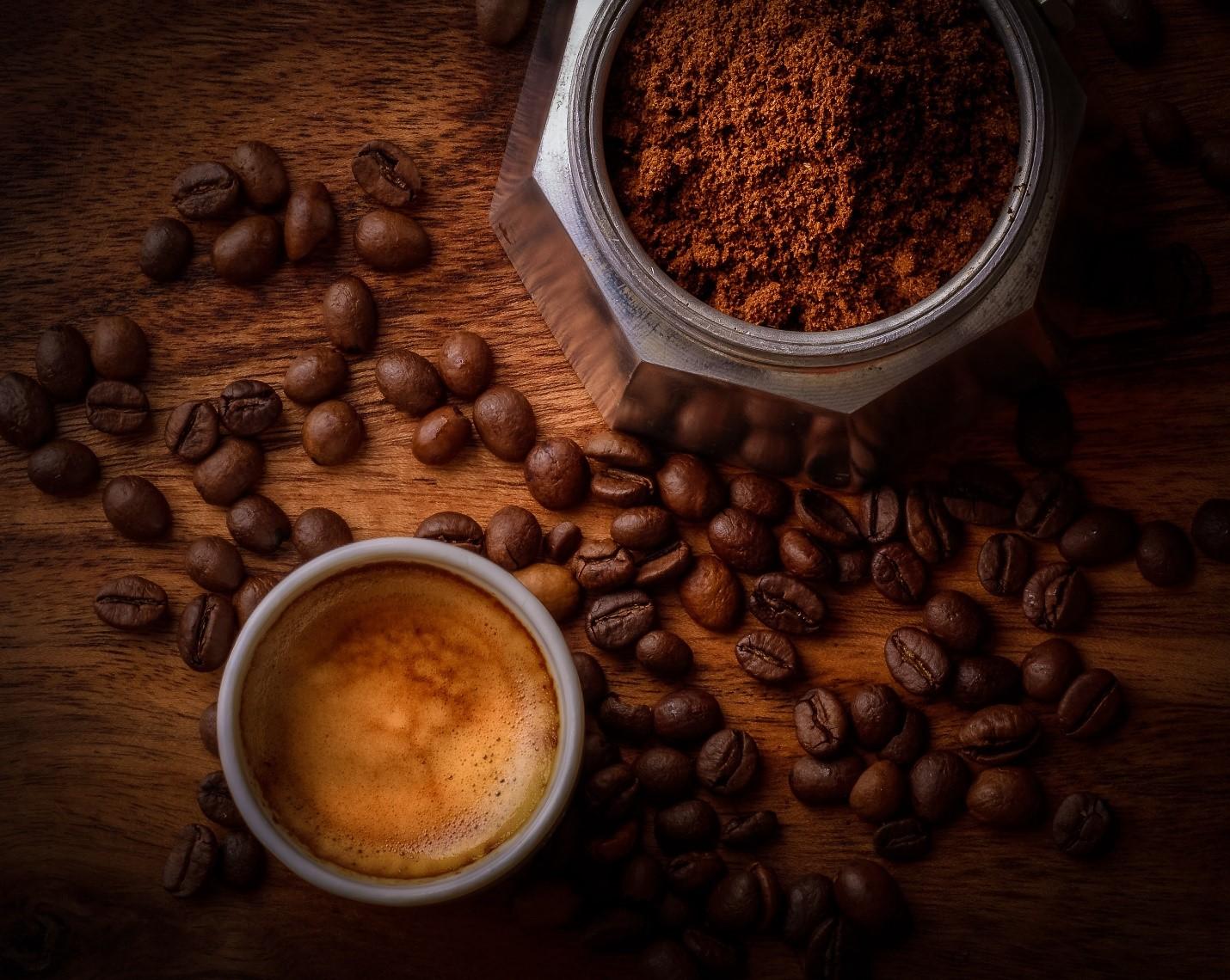 Cafeaua verde – ajută oare la slăbit sau este doar o strategie de marketing?